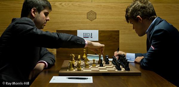 Svidler vs Carlsen Torneo de ajedrez Candidatos 2013 Partidas de la sexta ronda del Candidatos 2013