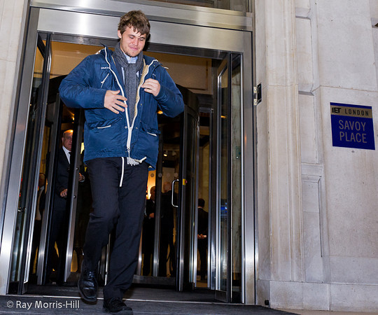Carlsen en Candidatos Londres 2013