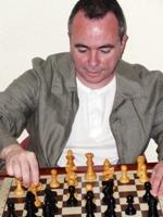 Maestro Internacional de ajedrez Fermín González