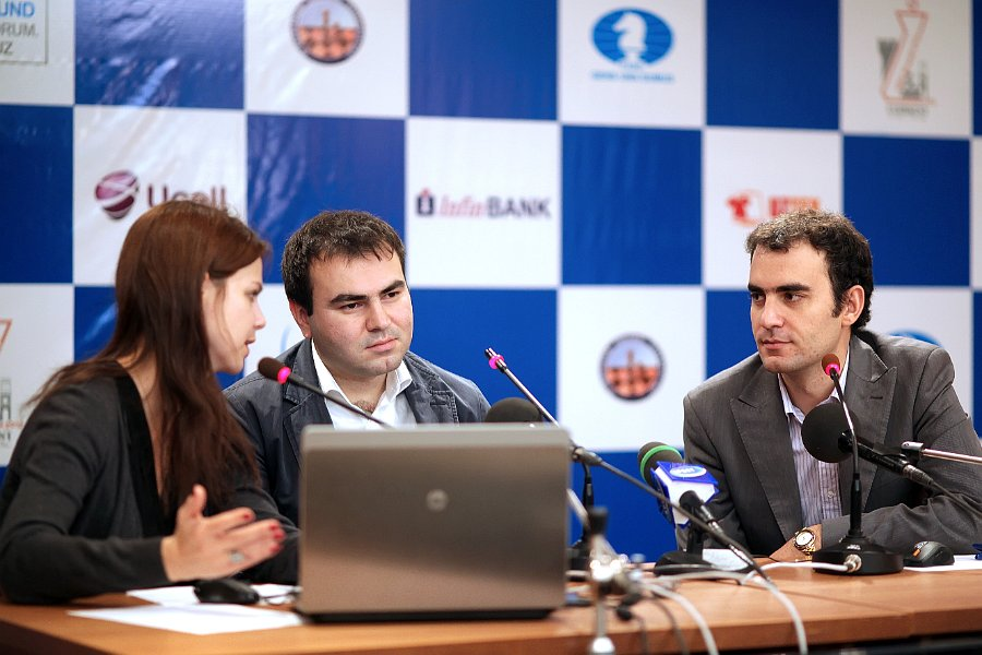 Mamedyarov Leinier rueda prensa Tashkent 2012