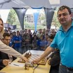 Susan Polgar da comienzo ronda 2 chess masters bilbao sao paulo 2012