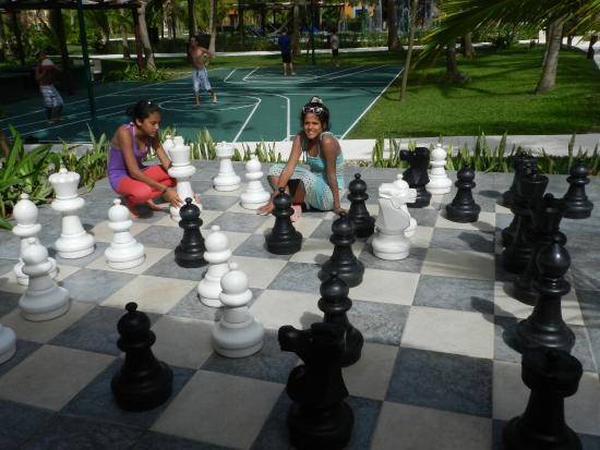 Ajedrez gigante en los resorts del Caribe