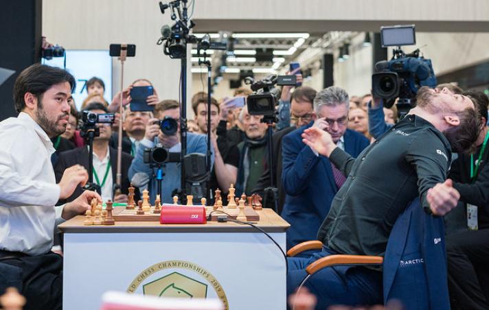 Ajedrez online gratuito Chess24 es un portal de ajedrez online