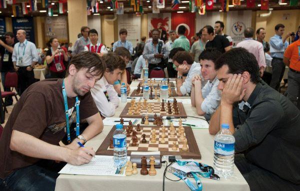 Décima ronda de la Olimpiada de ajedrez 2012 Partidas de la ronda 10 en Estambul Turquía
