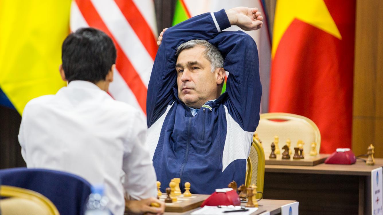 Ivanchuk al inicio de su victoria en la ultima ronda
