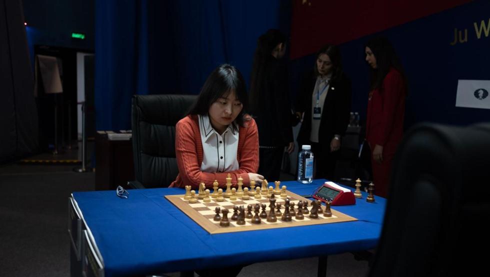 Ju Wenjun retiene el título mundial femenino