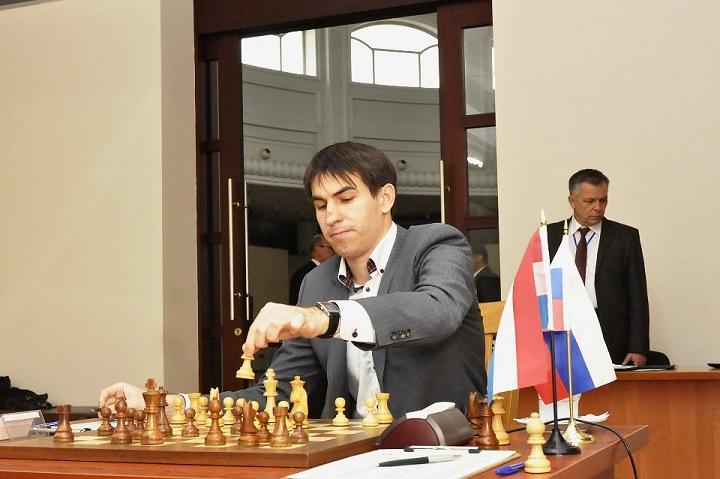 Sergey Karjakin gana el Torneo FIDE Grand Prix 2012 de Tashkent